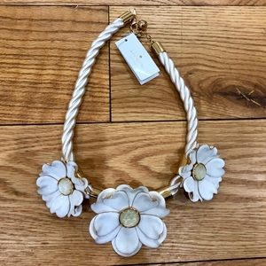 Kate Spade White Flower Necklace NWT